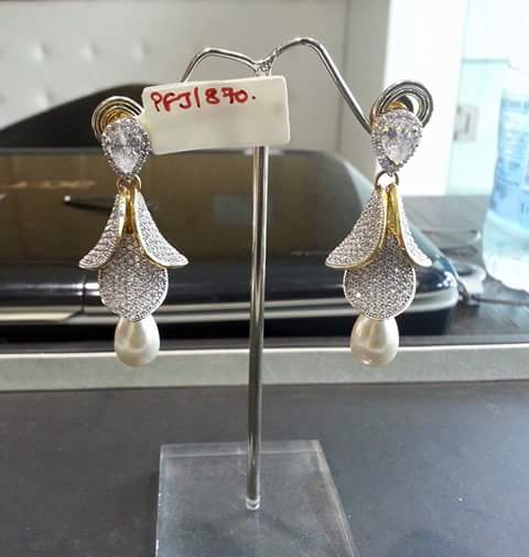 Earrings er-228