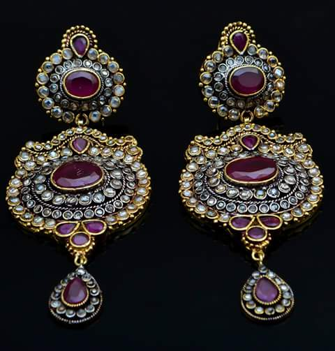 Earrings er-379