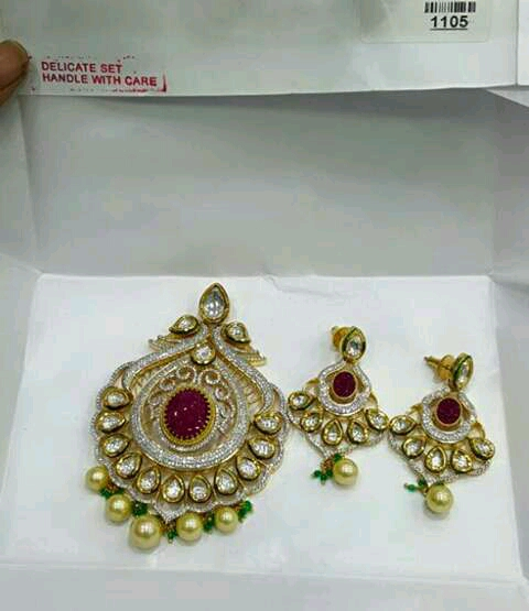 Earrings er-483